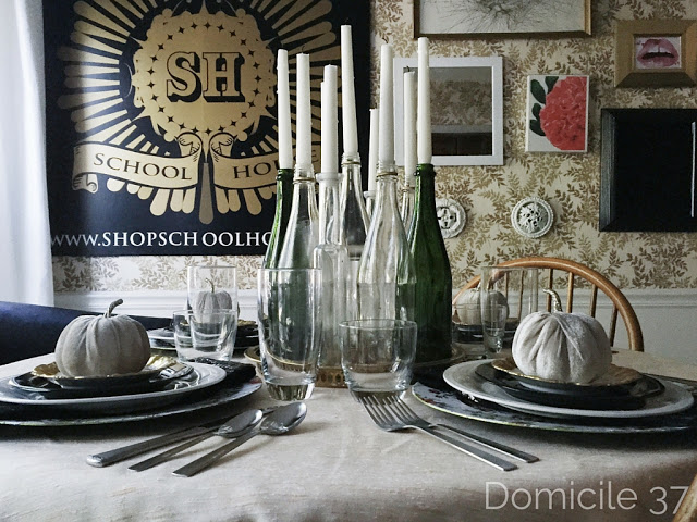 Versatile table setting appropriate for any season
