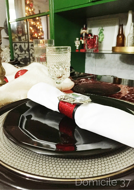 Napkin ring holder inspired by Santa's Belt, Whimsical Christmas setting
