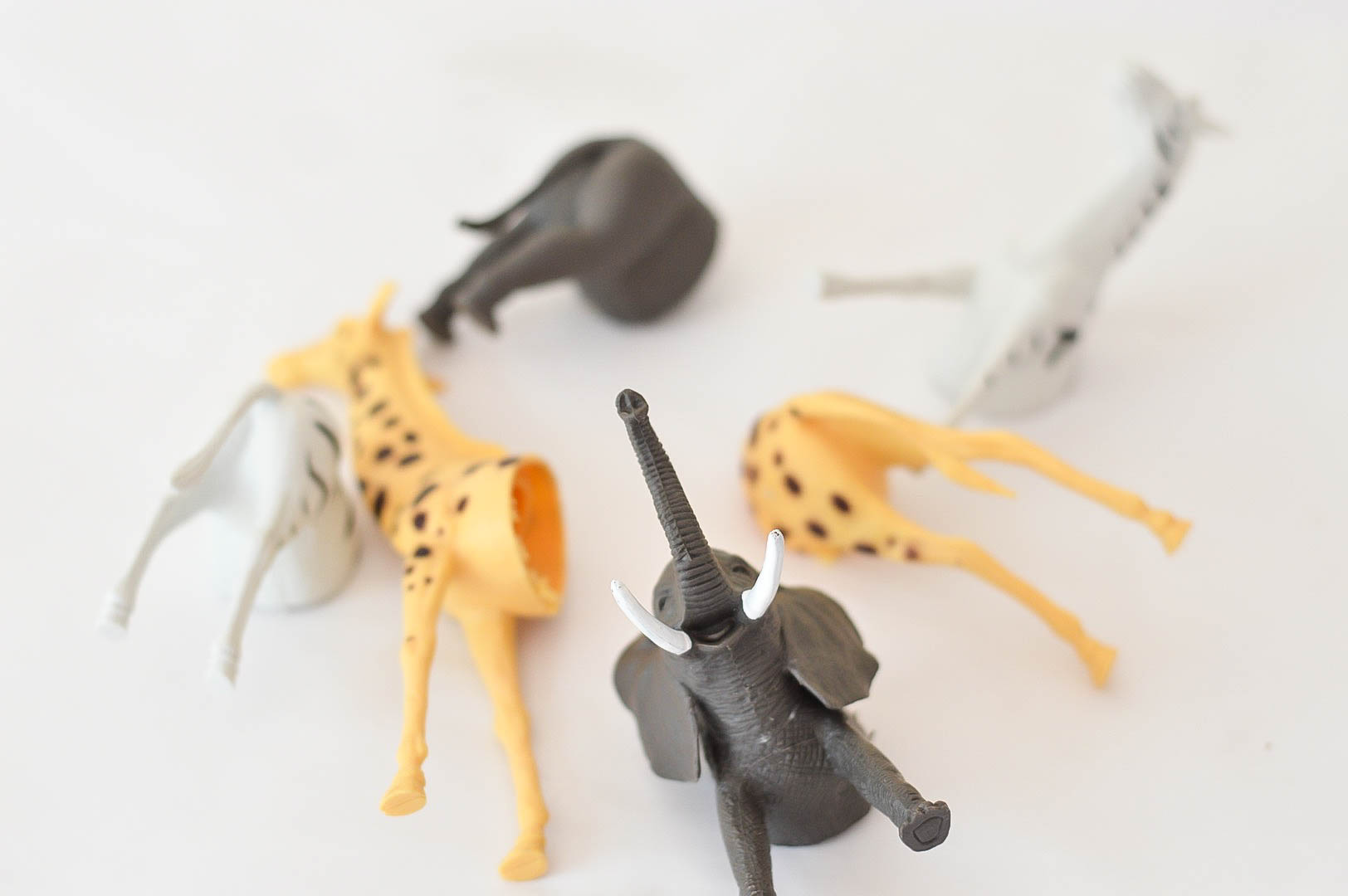 Animal hooks made from thrifted items | Swap it like it's hot |  Easy to make hooks | hat rack | toy animal crafts | toy animal DIY