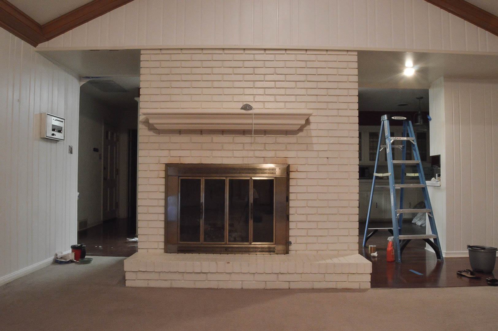 living-room-fireplace-before