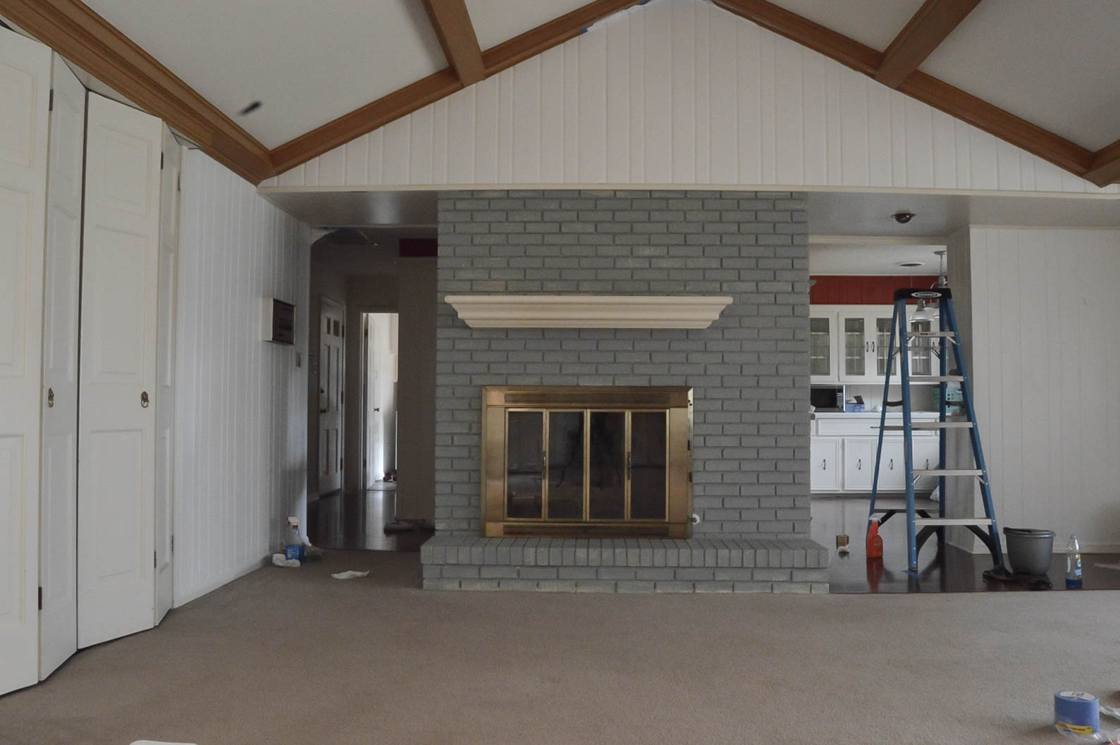 living-room-fireplace-primed