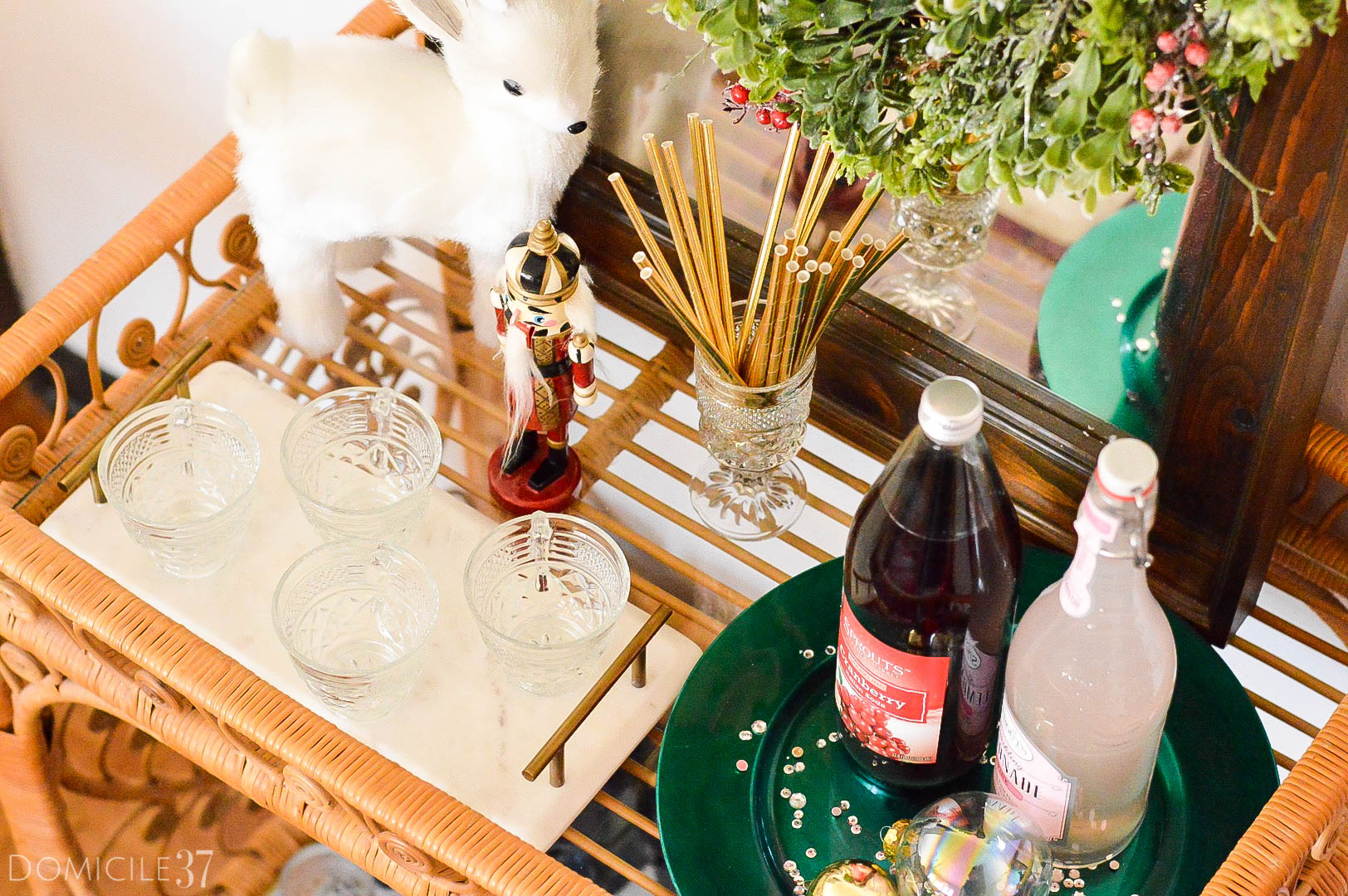 home-tour-dining-room-bar-cart-styling-use