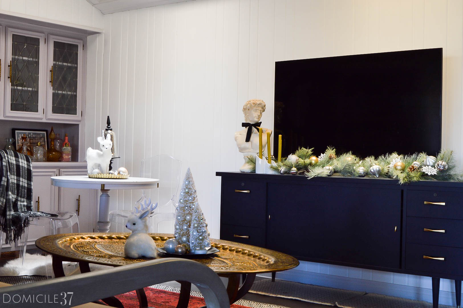 home-tour-living-room-entertainment-christmas-decor