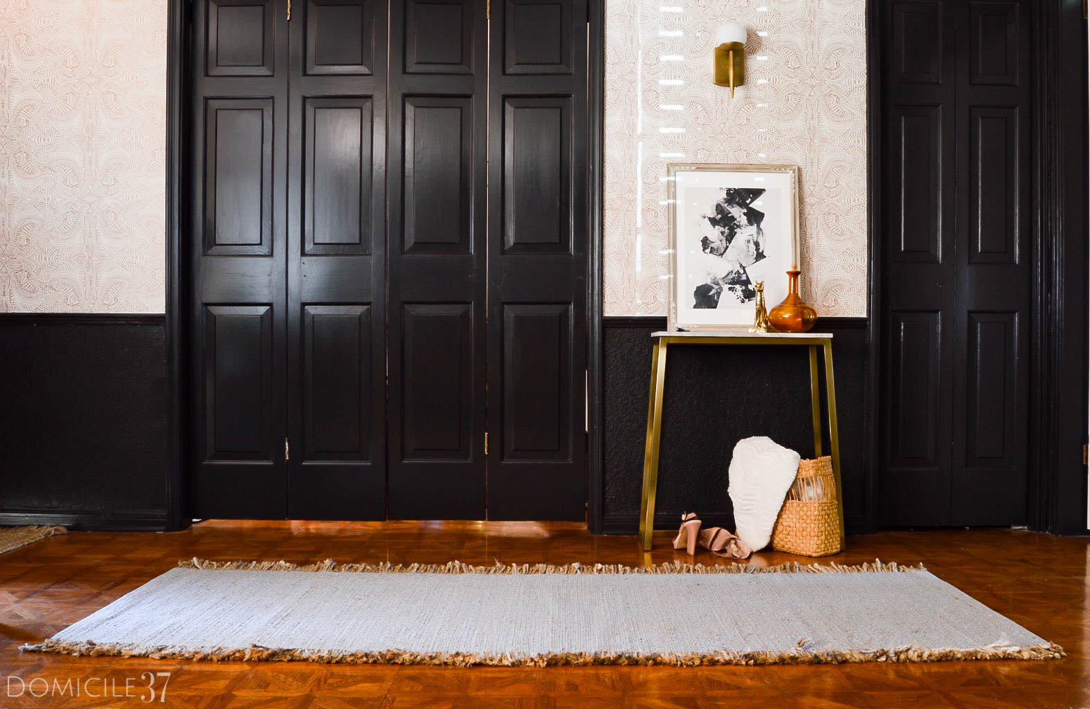 Vintage Eclectic Moody Foyer | Andanza Wallpaper by Hygge & West | Black Foyer | Moody Foyer | Foyer Styling | Eclectic Foyers | Mid Century Modern Sconce | Jute Runner in Foyer