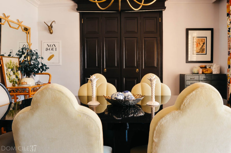 Black Interior doors | Lion head pulls | Eclectic Fall Dining room | Decorating with pumpkins | Easy fall decor | Black doors and lion heads