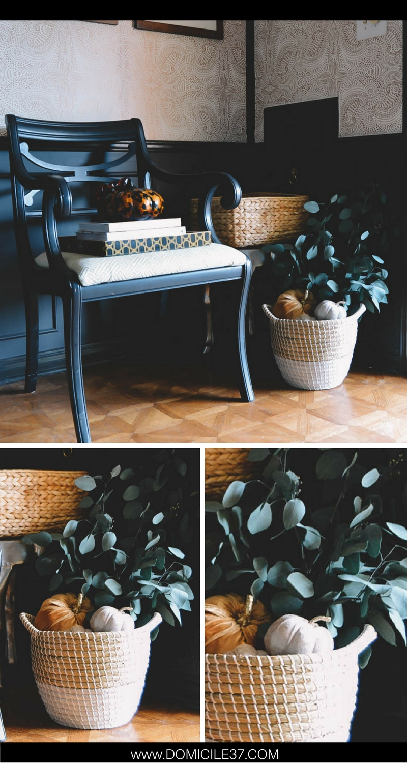 Fall foyer ideas | Autumn Decor | Adding fall touches to your home | decorating with baskets