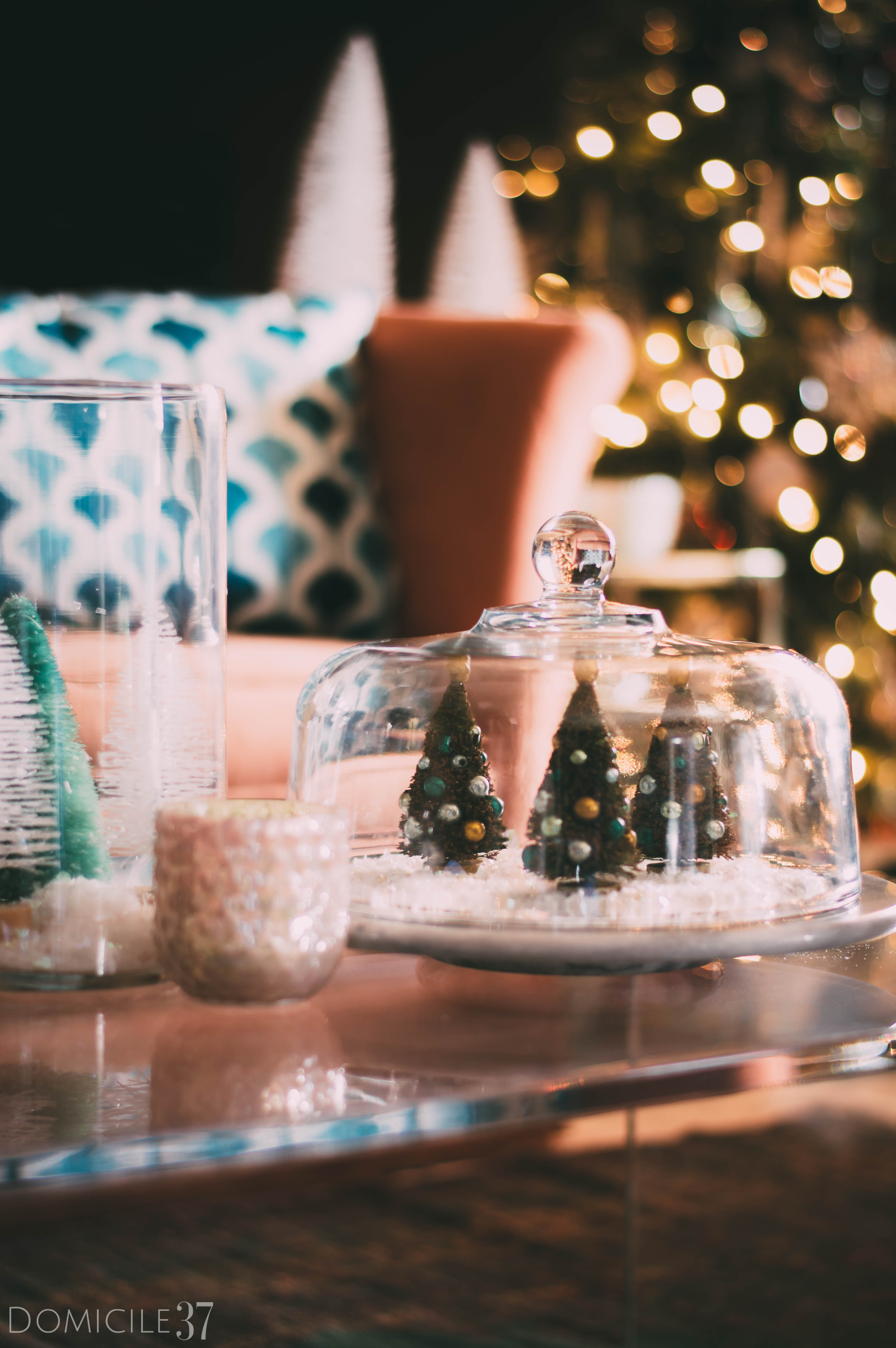World Market Christmas | DIY Terrarium | Christmas Terrarium Ideas | Christmas tree decor | Vintage Christmas | Eclectic Christmas | #giftthemjoy | #worldmarket | Christmas table decor