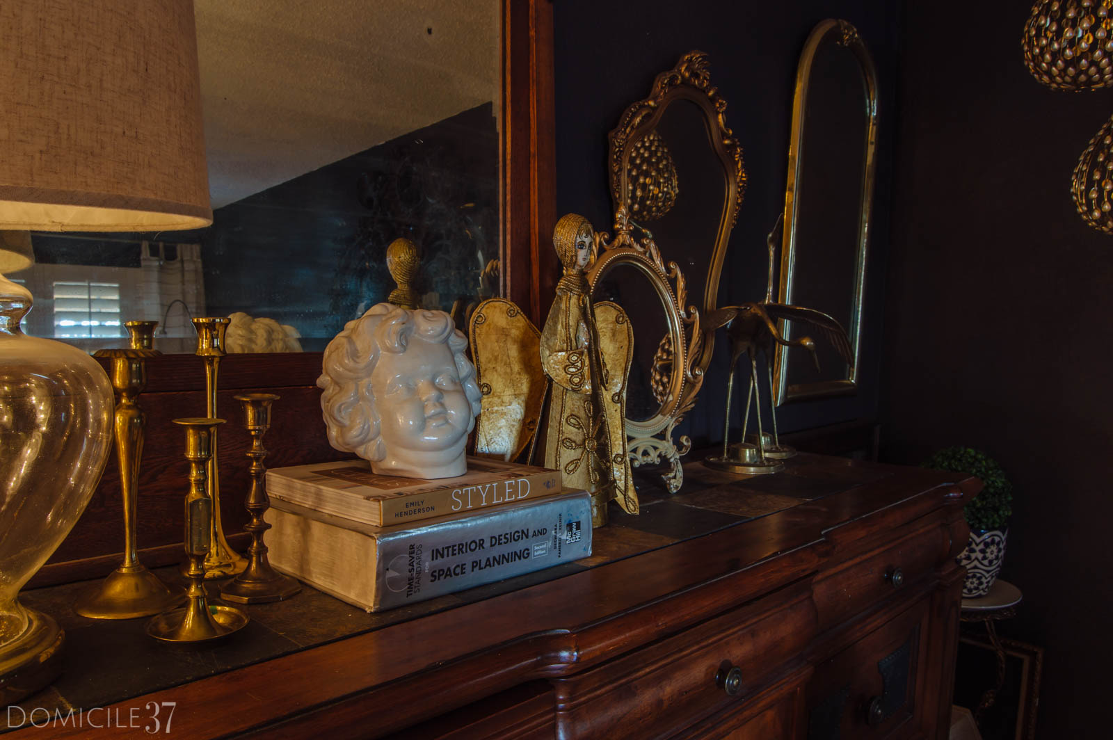 Busts and brass, Decorating a sideboard for the holidays